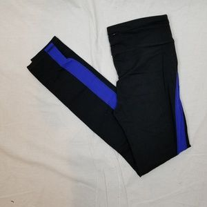 GAP BODY FIT EXERCISE LEGGINGS SIZE MEDIUM